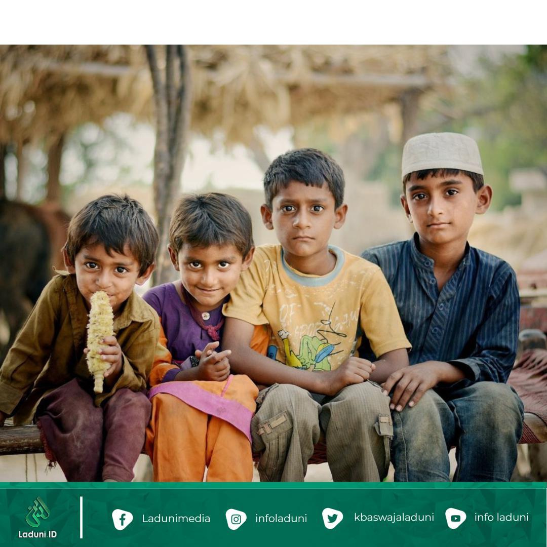 Tuntunan Nabi Muhammad SAW dalam Memperlakukan Anak Yatim