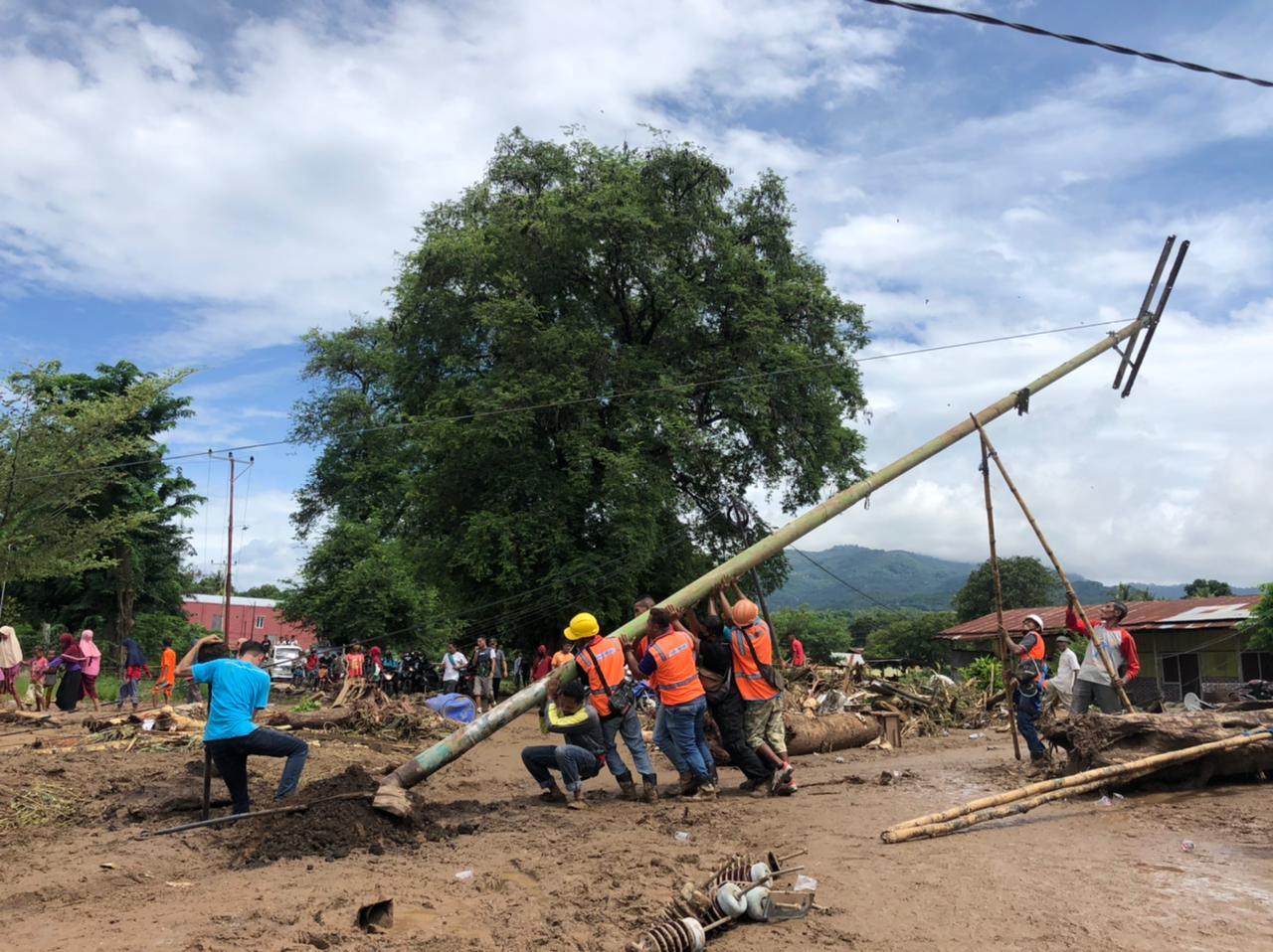 PLN Berhasil Pulihkan Sektor Kelistrikan di Pulau Adonara NTT