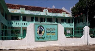 Pesantren Darut Tauhid Injelan, Sampang