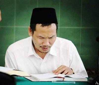 Agama Itu Butuh Sanad, Jadi Harus Mengikuti Ulama