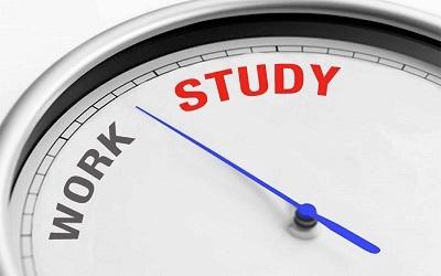 Motivasi Buat Mereka yang Sedang Menjalani Kuliah Sambil Kerja